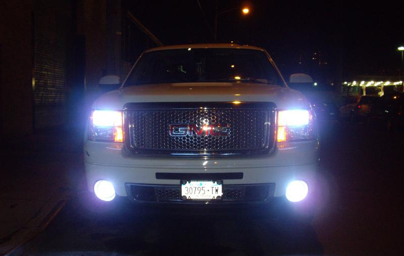 HID Light Bulb Car Customisation